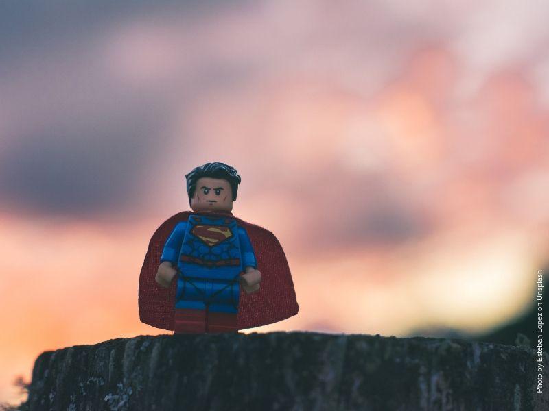 Was du tun kannst, wenn dein Kind den toxischen Papa zum Superhelden erklärt